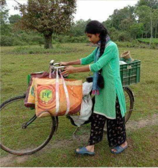 Dibrugarh police help young girl selling vegetables