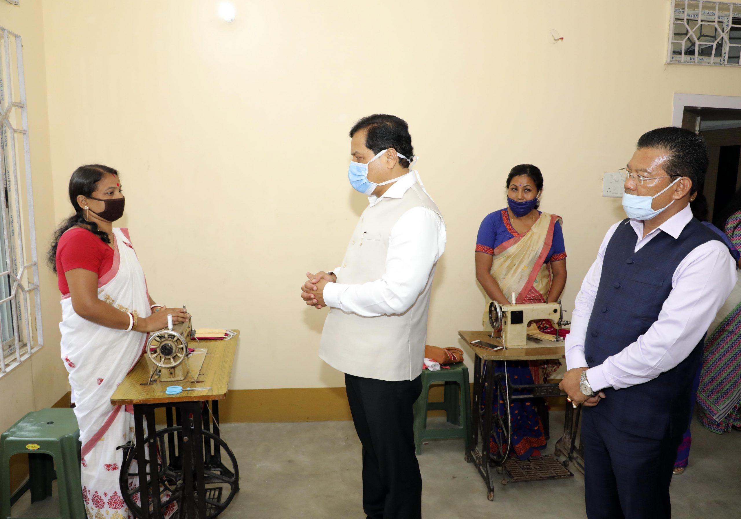 sonowal visited Assam women SHGs