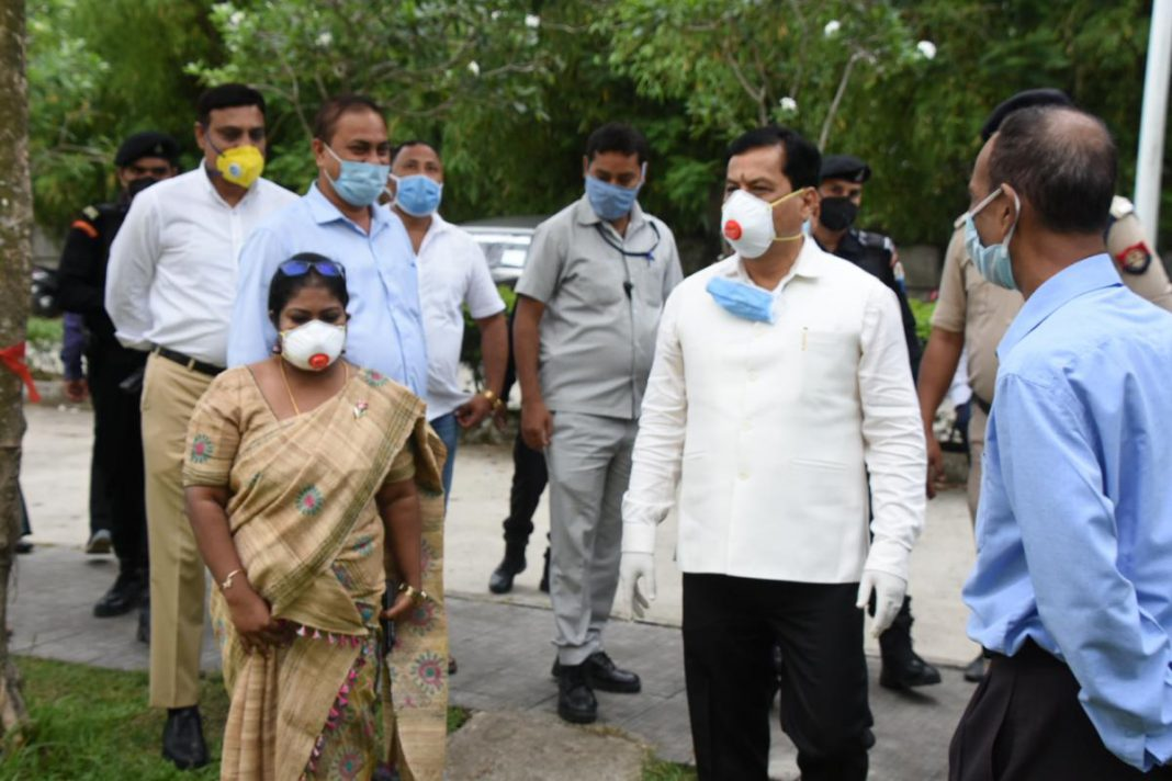 Chief Minister Sonowal inspects quarantine camps