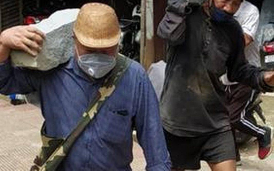Mizoram minister turns into a labourer