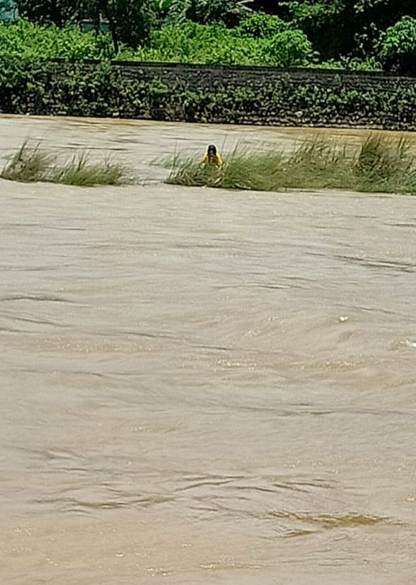 NDRF rescues a girl from Dikrong river