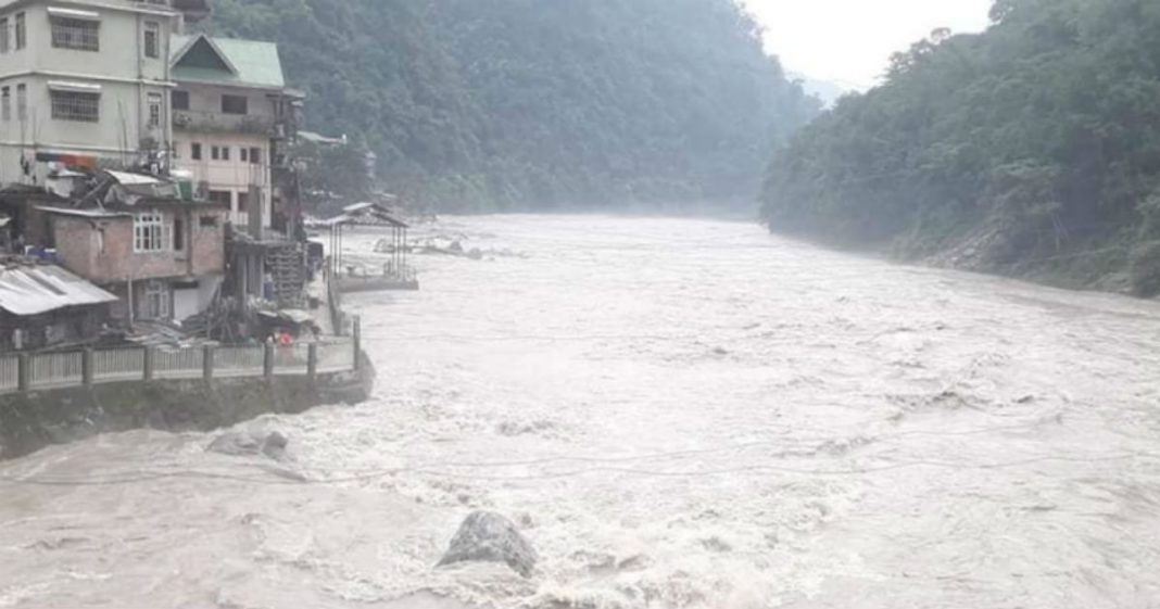 Teesta flowing above danger level flood in Sikkim and West Bengal
