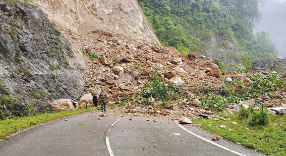 Landslides disrupt traffic movement in Arunachal