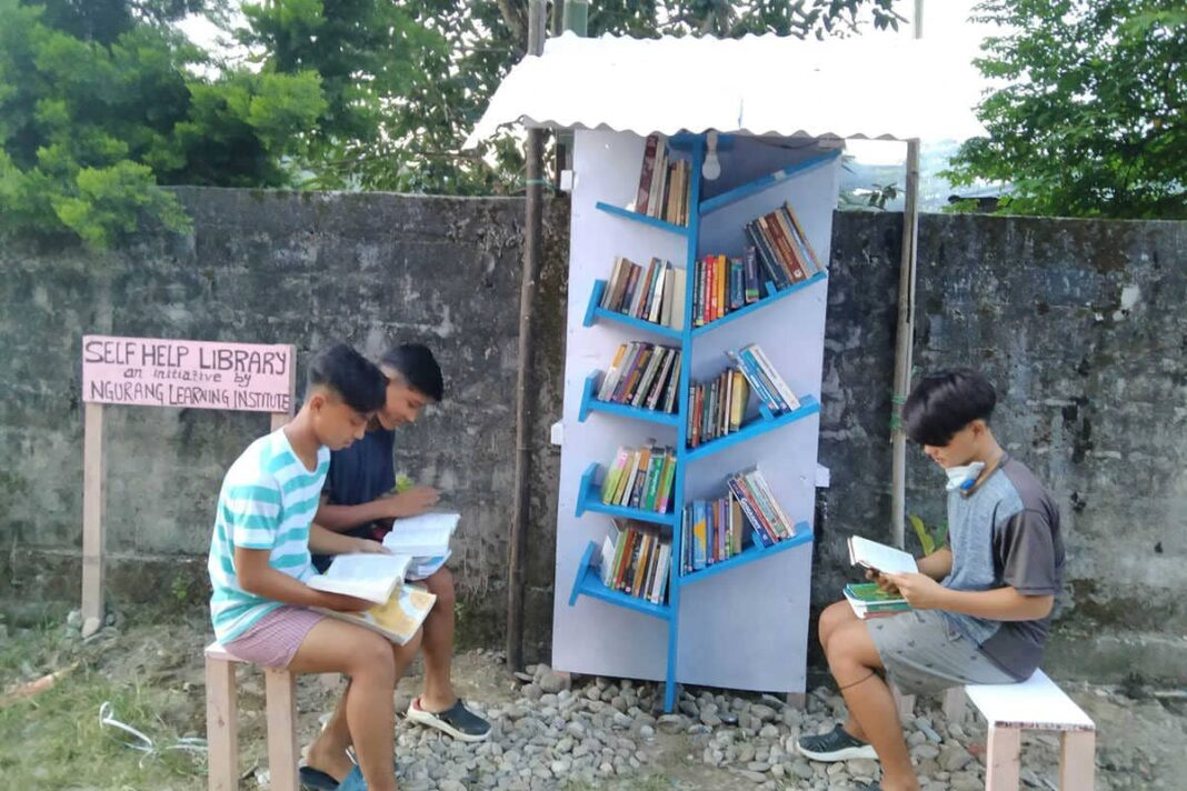 Young Arunachali teacher open free library for students