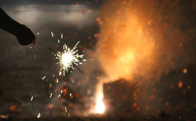 Petition filed in Calcutta High Court to ban the burning of crackers during Diwali