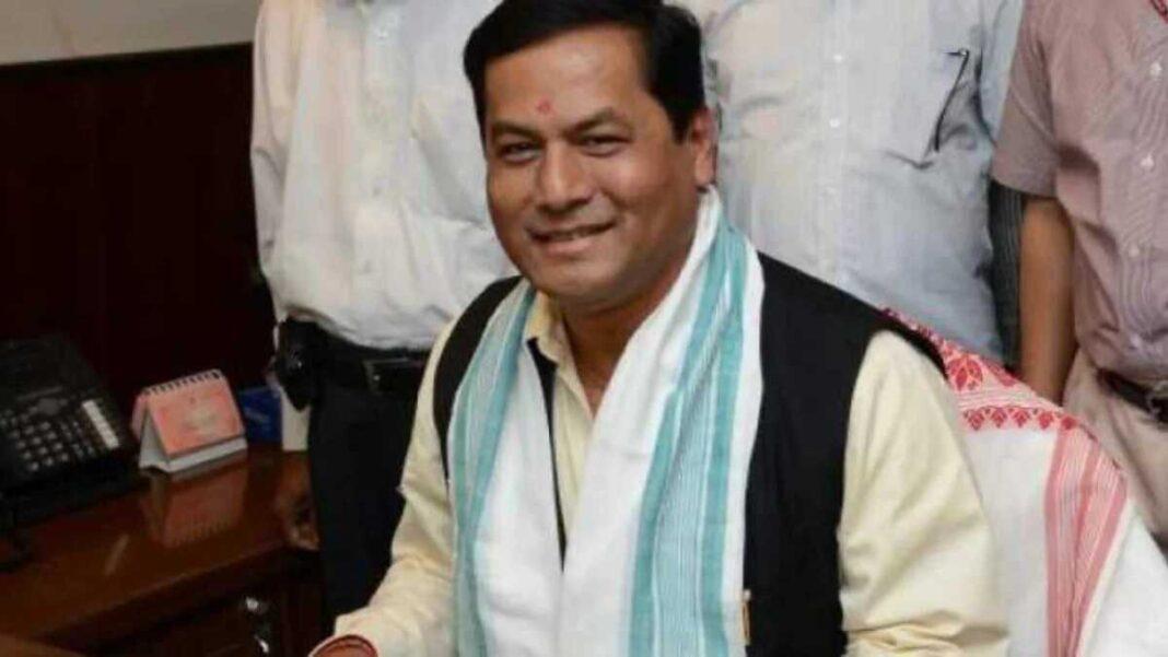 Assam CM Sarbananda Sonowal gives robots to AMCH