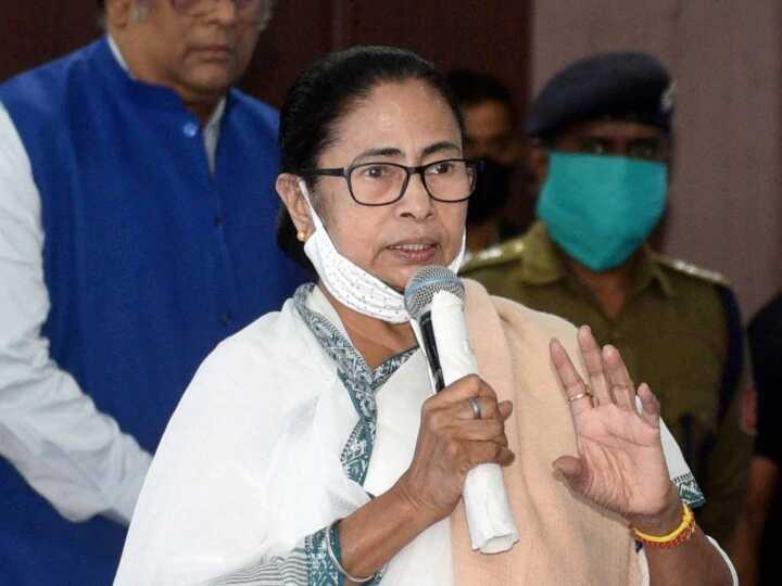 Bengal CM Mamata Banerjee to present budget today