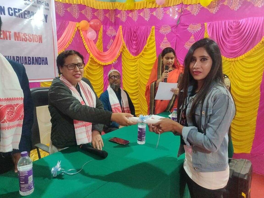 Certificate distribution held on ASDM for 'Mehndi' competition